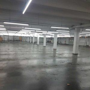 Besenreine Industriehalle nach Rückbau und Demontage des Maschinenparks